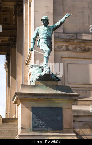 Liverpool Lime Street St Georges Hall Plateau Grade I neoclassical built 1854 bronze statue sculpture plinth Major General William Earle by CB Birch - Stock Image