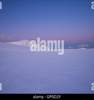 Winter mountain landscape at dawn, Moskenesøy, Lofoten Islands, Norway - Stock Image