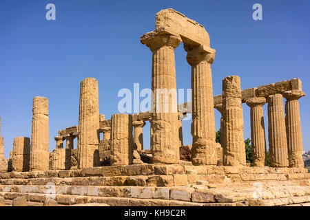 Valley of the Temples, Agrigento, Sicily, Italy. Temple of Juno in the Doric style, it dates to 450 BC. - Stock Image