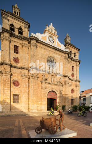 Plaza San Pedro Claver, the Old Town, Cartagena, Colombia - Stock Image