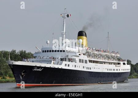 Cruiseship Funchal - Stock Image