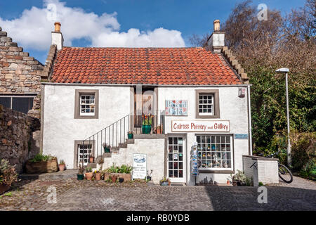 Bisquit Cafe & Culross Pottery and Gallery in the town centre of Culross Fife Scotland UK - Stock Image
