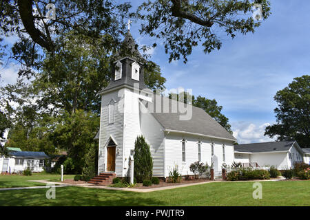 Bath United Methodist Church built in 1891 and had a congregation since 1825.  Bath is the oldest town in North Carolina. - Stock Image