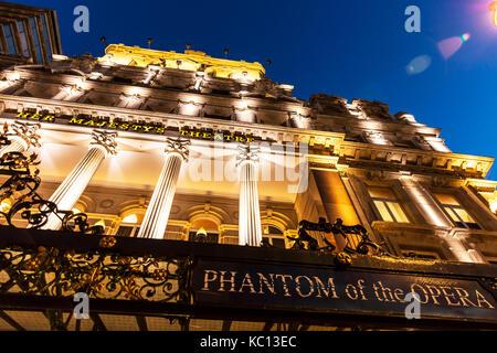 phantom of the opera theatre, Her Majesty's Theatre, Haymarket, West End, London, UK Exterior, Phantom of the - Stock Image