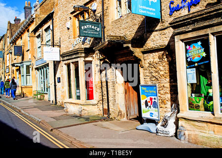 Stow on the Wold, Cotswolds, shops, Gloucestershire, England - Stock Image