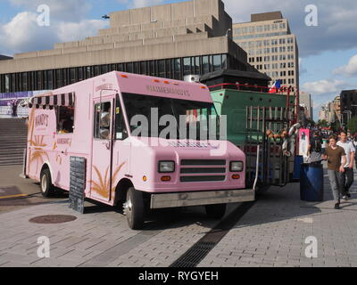 Quebec,Canada. A food truck in downtown Montreal - Stock Image