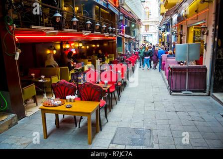 Dernek sokak, nightlife street, Beyoglu, Istanbul, Turkey, Eurasia - Stock Image