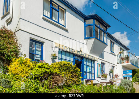 The village stores in Helford village, Cornwall, England - Stock Image