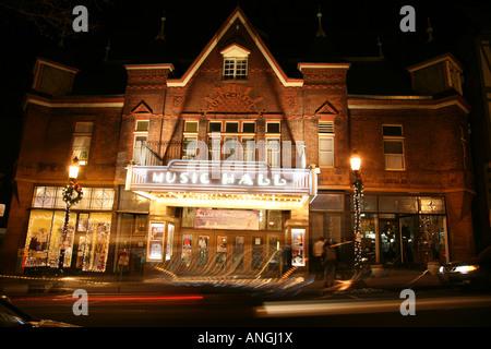 Long exposure of Tarrytown Music Hall at night, Tarrytown, NY, USA - Stock Image