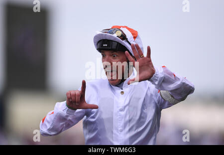 Ascot Racecourse, Windsor, UK. 21st June, 2019. Royal Ascot Horse racing; Race 3; Commonwealth Cup; Advertise Ridden By Frankie Dettori Trained By M Meade wins the Commonwealth Cup and Frankie Dettori celebrates 7 wins at Ascot Credit: Action Plus Sports/Alamy Live News - Stock Image