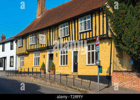 View of the Bildeston Crown public house in the village High Street, Babergh district, Suffolk, England, UK. - Stock Image