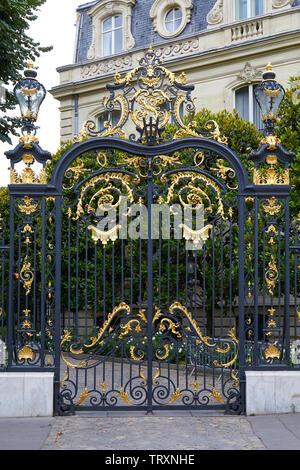 PARIS, FRANCE - JULY 22, 2017: Black and golden gate of Marcel Dassault building hosts Artcurial auction house in Paris, France - Stock Image
