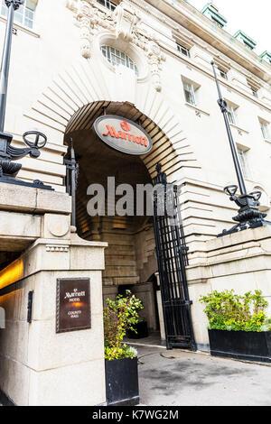 Marriott Hotel city hall London UK, Entrance to Marriott Hotel in County Hall London, luxury hotel chain hotels, Marriott Hotel, Marriott Hotel London - Stock Image