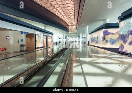 A travelator inside terminal 2 of Incheon Airport in Seoul, South Korea - Stock Image