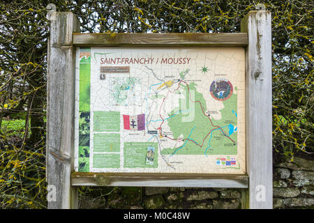 Information display showing the hiking trail 'Le Circuit des Maquis' in Sancy, Nievre, Bourgogne, France - Stock Image