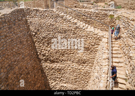 Israel, Negev, Tel Be'er Sheva believed to be the remains of the biblical town of Be'er Sheva. The water system collected flood water from the nearby  - Stock Image