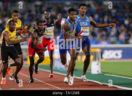 YOKOHAMA, JAPAN - MAY 12: Michael Cherry of the USA in the final of the mens 4x400m relay during Day 2 of the 2019 IAAF World Relay Championships at the Nissan Stadium on Sunday May 12, 2019 in Yokohama, Japan. (Photo by Roger Sedres for the IAAF) - Stock Image