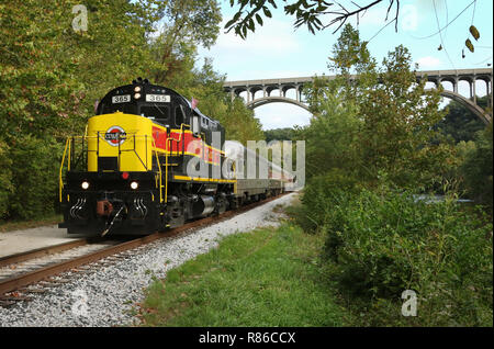 Diesel locomotive ALCOA C420 number CVSR 365. Operated as special event on the Cuyahoga Valley Scenic Railroad. Brecksville Station, Cuyahoga Valley N - Stock Image