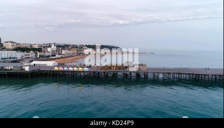 Aerial view of the pier in Hastings - Stock Image