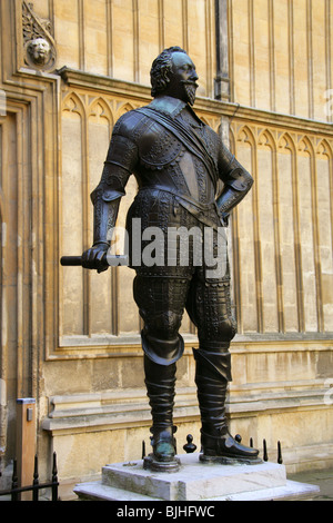 Statue of William Herbert, Third Duke of Pembroke, the Bodleian Library, Oxford, Oxfordshire, England, UK, Europe - Stock Image