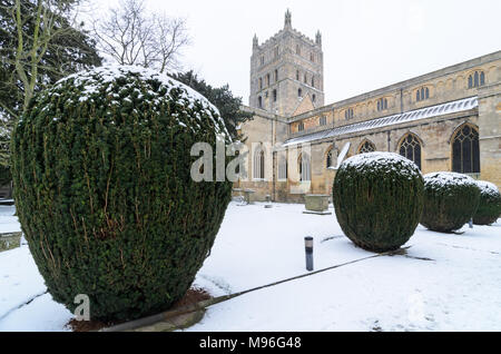 Tewkesbury Abbey in the Snow - Stock Image