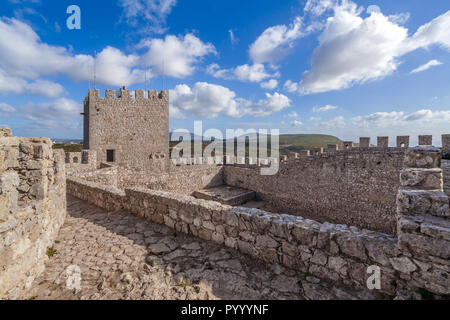 Sesimbra, Portugal. Bailey of the keep of the Castelo de Sesimbra Castle - Stock Image