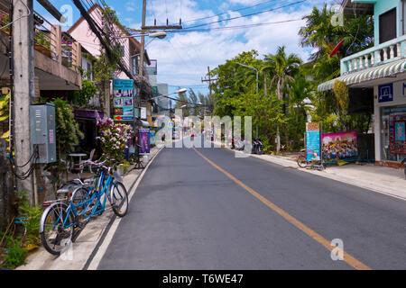 Rim Hat Road, Kamala, Phuket island, Thailand - Stock Image
