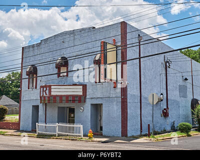 Vintage abandoned old movie theater in run down condition in Montgomery Alabama, USA. - Stock Image