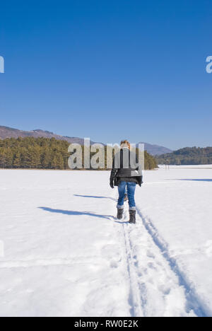 Trekking in the south of Alps during winter (French Riviera) - Stock Image