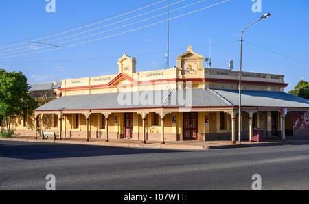 Maari Ma Aboriginal health care centre, in Broken Hill, New South Wales, Australia. - Stock Image