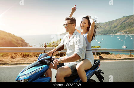 Relaxed, young couple on an asian journey - Stock Image