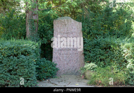 The grave of the famous Danish writer and first Danish socialist Martin Andersen Nexø in the Assistens Cemetery in Copenhagen, Denmark. (Nexoe) - Stock Image