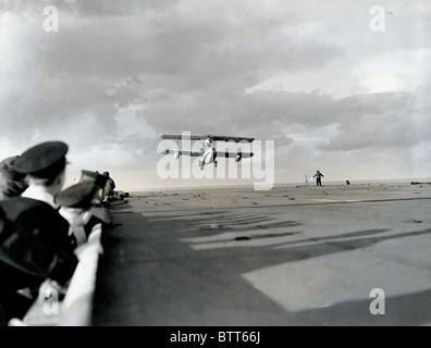 A Walrus landing on the flight deck of the carrier after a patrol in the Atlantic - Stock Image