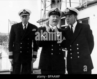 RICHARD CALDICOT, LESLIE PHILLIPS, STEPHEN MURRAY, THE NAVY LARK, 1959 - Stock Image