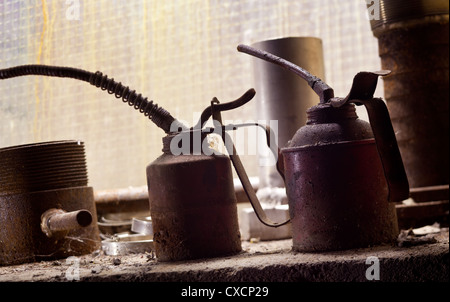 Vintage oil cans - Stock Image