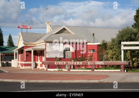 Historic Kirup tavern in the small country  town of Kirup, south western Australia. - Stock Image
