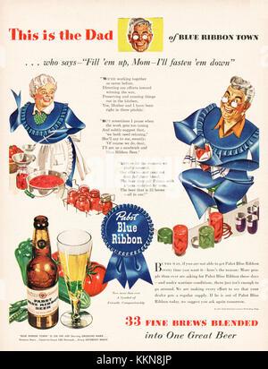 1943 U.S. Magazine Pabst Blue Ribbon Beer Advert - Stock Image
