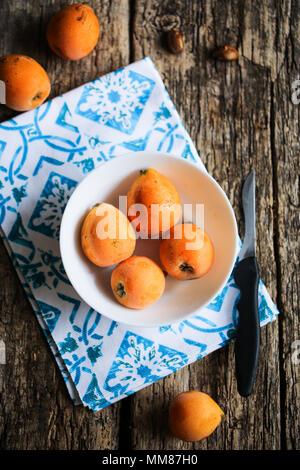 Fresh loquats - Stock Image