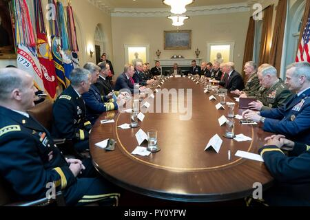 U.S President Donald Trump meets with senior military commanders in the Cabinet Room of the White House October 23, 2018 in Washington, DC. - Stock Image