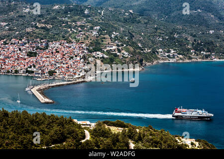 Ferry Leaving Skopelos Harbour, Northern Sporades Greece. - Stock Image