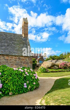Sentier des douaniers,Cote de granite rose in North Brittany, France - Stock Image