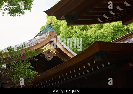 Detail shot of Meiji Jingu Temple roof in Yoyogi Park, Tokyo, Japan. - Stock Image