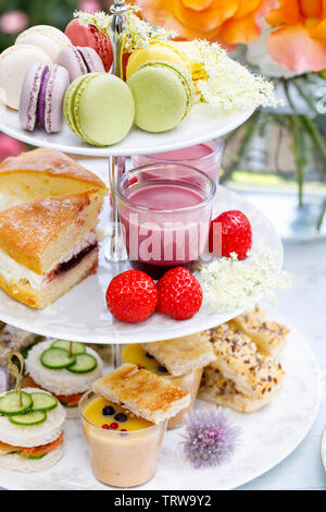 Afternoon tea in the garden - Stock Image
