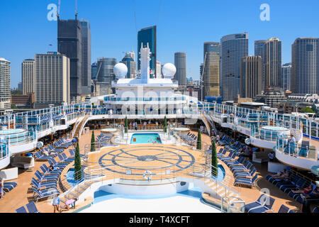 Princess Cruises cruise ship, Majestic Princess, is berthed at the Overseas Passenger Terminal, Sydney Harbour, Sydney, New South Wales, Australia. - Stock Image