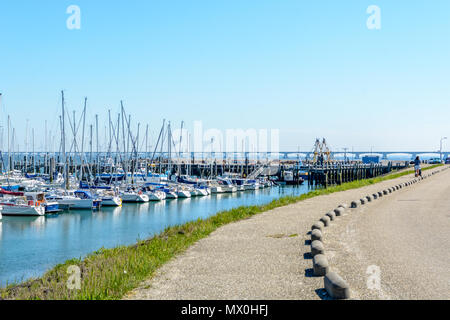 Marina in Colijnsplaat at th bridge over the oosterschelde - Stock Image