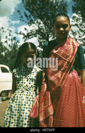 Girl in Hindu dress (Sari); Tanzania, Africa.  Strong Hindu influence in East Africa, with Hindu communities and - Stock Image