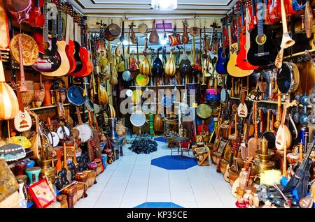 A shop selling musical instruments in the medina of Fez, Morocco - Stock Image