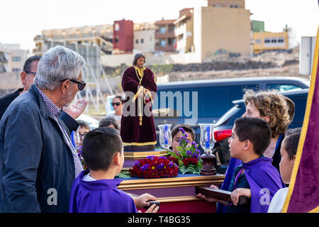 Pasión de Los Niños, Passion of the children,  Procesión de Los Pasos Chicos, Procession of the small stations of the cross,  through the streets from - Stock Image