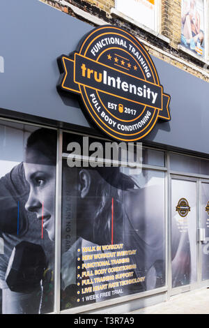 Sign on TruGym in Bromley, South London. - Stock Image