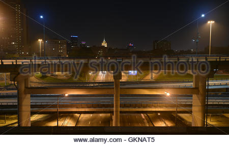 Empty roads and flyovers of Moscow at night. Night panorama of the big city. - Stock Image